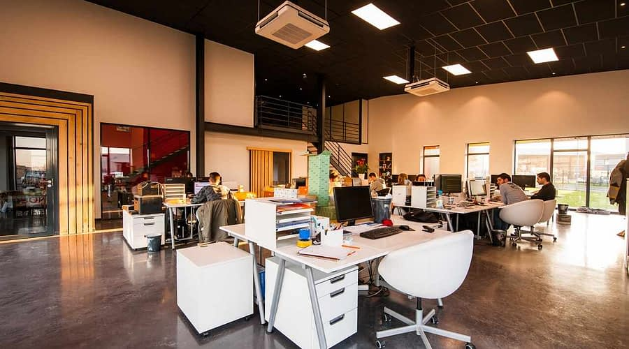 How to design the office space and workstations