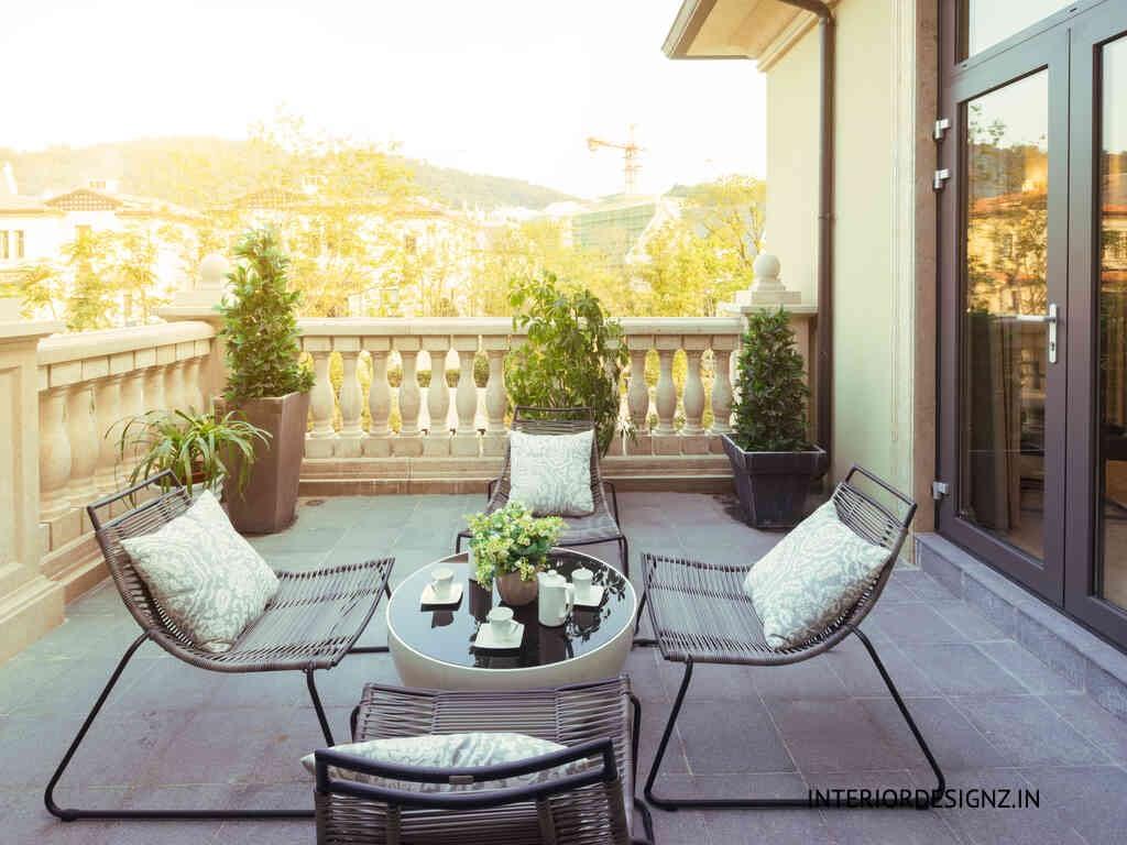 Balcony decor 1