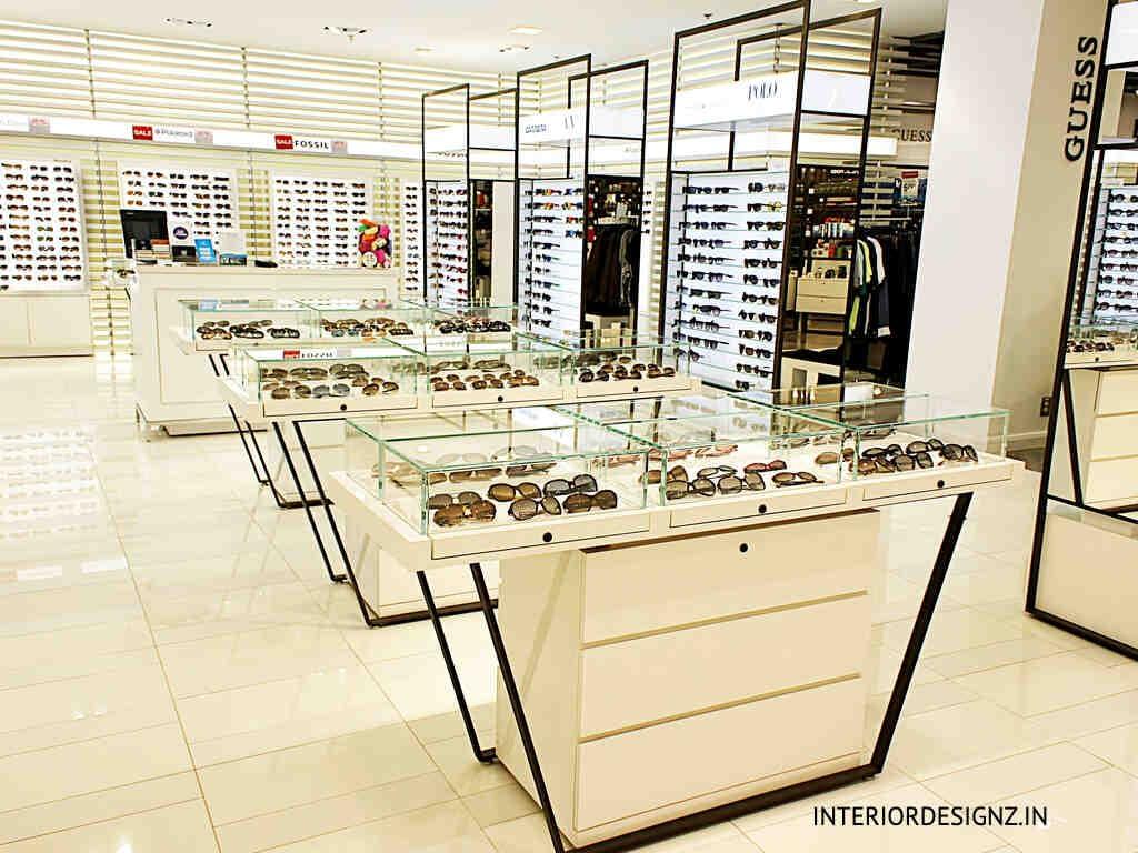 Optical showroom
